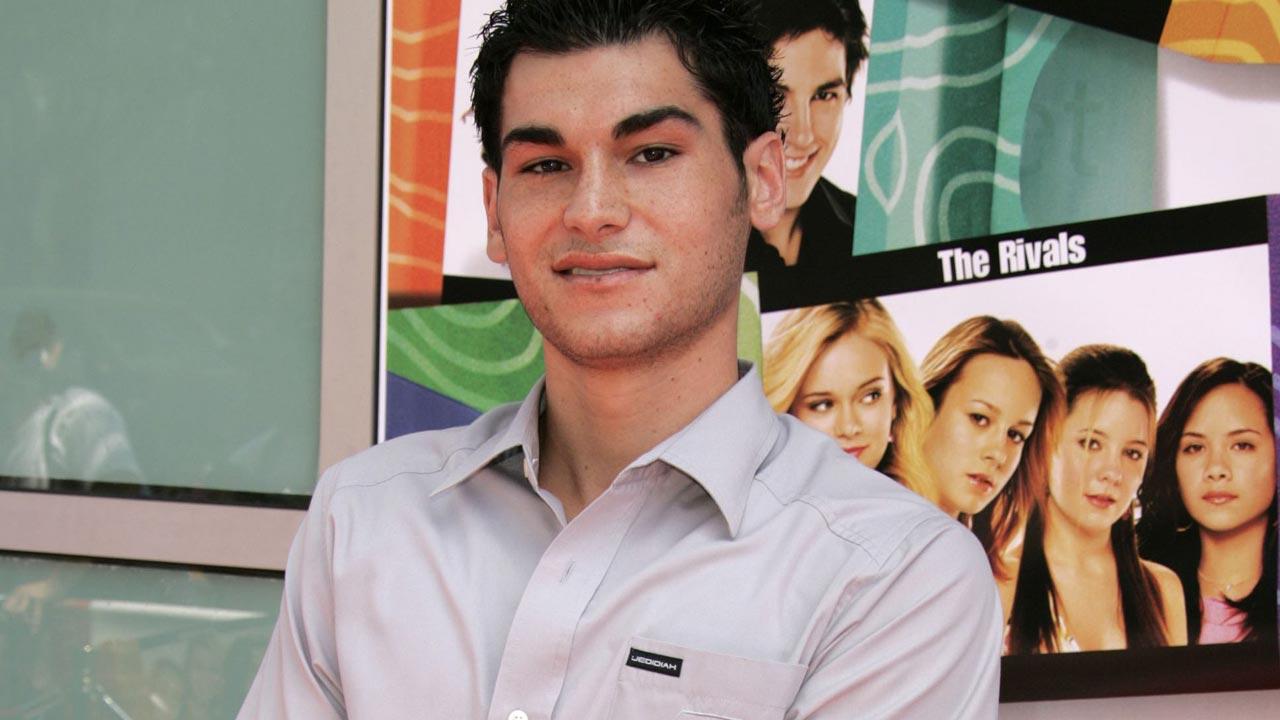 """Morreu Brad Bufanda - ator da série """"Veronica Mars"""" suicidou-se aos 34 anos"""