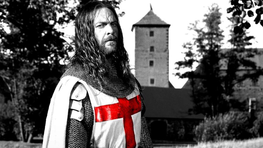 Knightfall - Elenco e personagens 9/10: Sam Hazeldine é Godfrey, Mestre dos Templários e mentor de Landry.