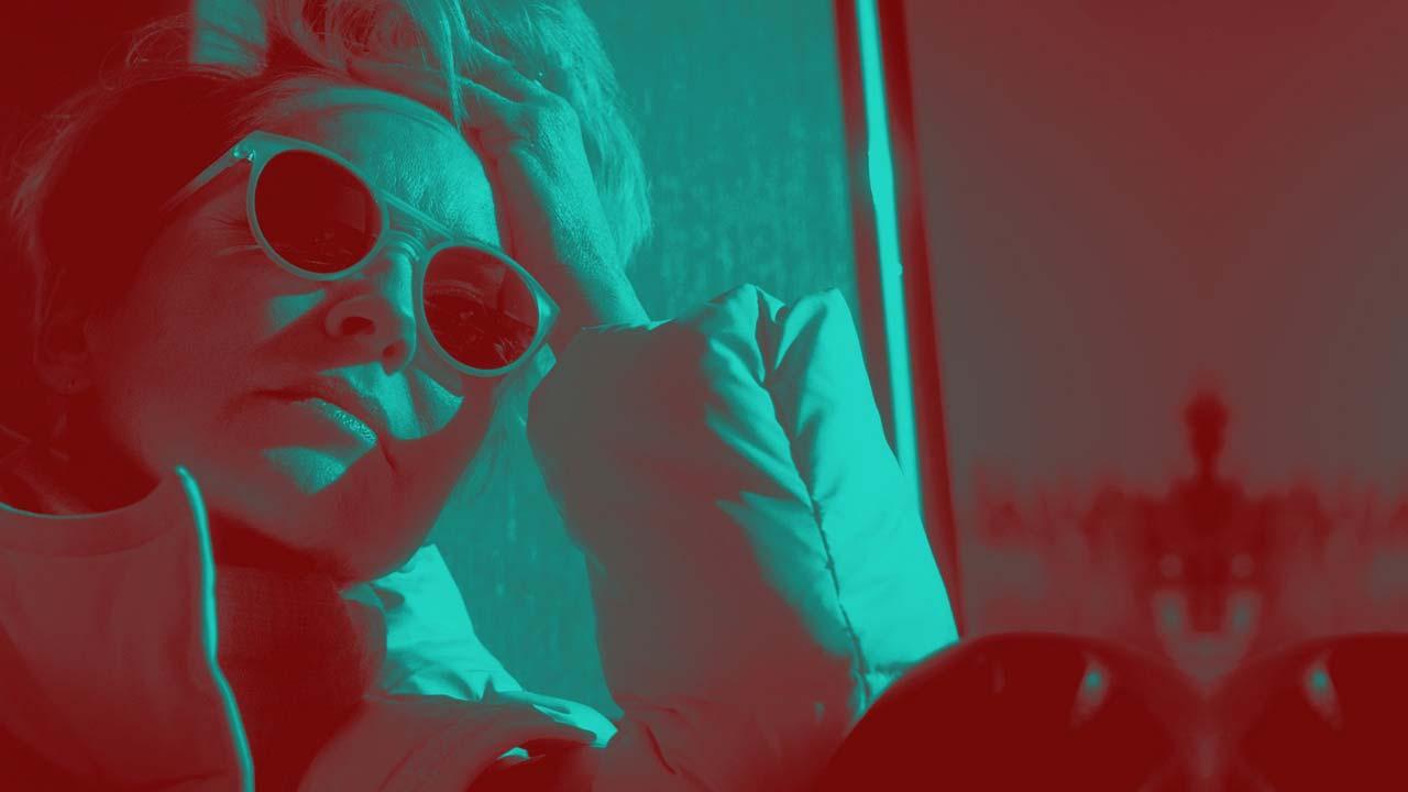 """""""Mosaic"""": série interativa de Steven Soderbergh ganha novo trailer"""