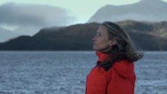 """""""No Mundo Com Céline Cousteau"""" em estreia no canal Odisseia"""