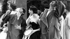 "A redescoberta de ""Now We're in the Air"" e um breve reencontro com Louise Brooks"