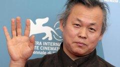 Morreu Kim Ki-duk, cineasta sul-coreano controverso e premiado em vários festivais europeus