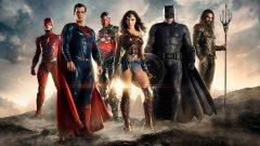 """Posters e teaser trailers apresentam as personagens de """"Liga da Justiça"""""""