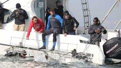 Michael Phelps nada com um tubarão branco na  Shark Week 2017 do Discovery Channel