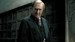 """Morreu Robert Hardy - o ator foi Ministro da Magia nos filmes de """"Harry Potter"""""""