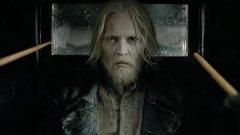 "Johnny Depp despedido de ""Monstros Fantásticos"""