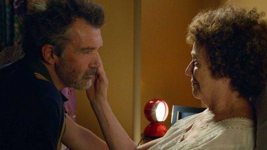 """""""Dolor y Gloria"""": o regresso triunfante de Pedro Almodóvar ao Festival de Cannes"""