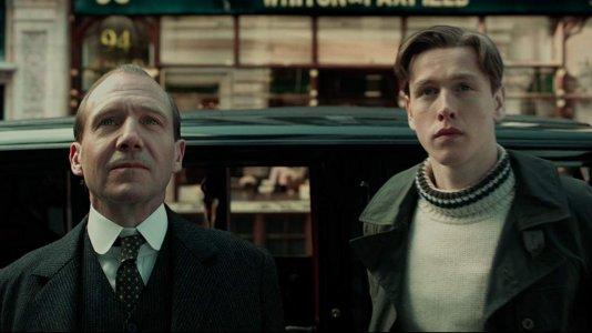 """Prequela de """"Kingsman"""" volta atrás no tempo: veja o trailer"""