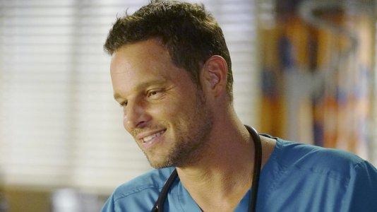 """Justin Chambers deixa a personagem Alex Karev em """"Anatomia de Grey"""""""