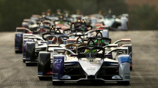 Fim de temporada na Fórmula E em formato concentrado nos arredores de Berlim
