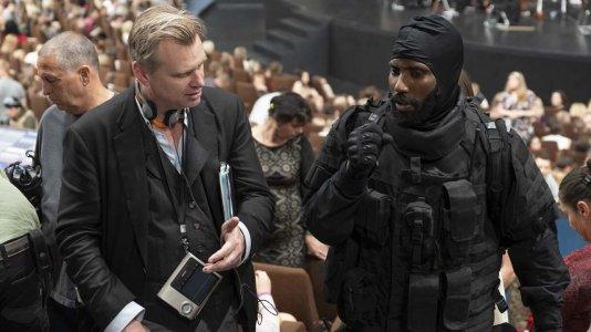 "Warner anuncia resultados positivos para a estreia de ""Tenet"" nos cinemas"