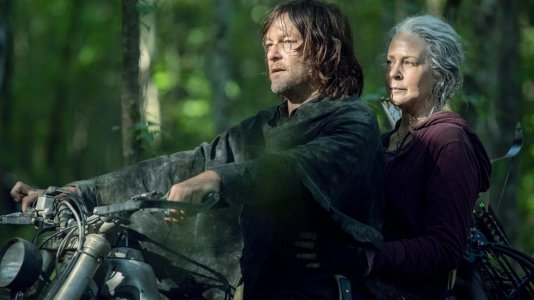 """The Walking Dead"" termina com super-temporada"