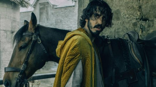 "Novo trailer de ""The Green Knight"" aventura arturiana com Dev Patel"