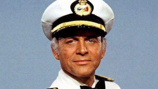 """Morreu Gavin MacLeod - o capitão de """"O Barco do Amor"""" tinha 90 anos"""