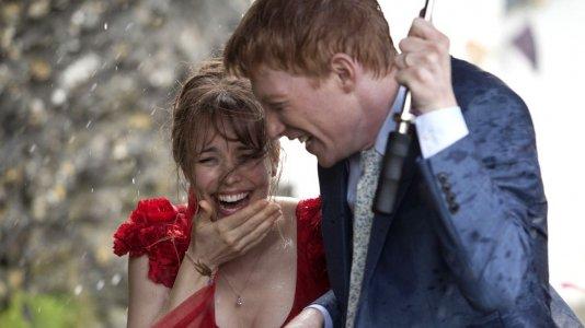"""Comemorar o Dia Mundial da Música com as comédias românticas do realizador de """"Notting Hill"""""""