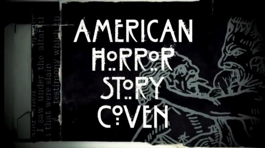 "Novo poster e genérico inicial de ""American Horror Story: Coven"""