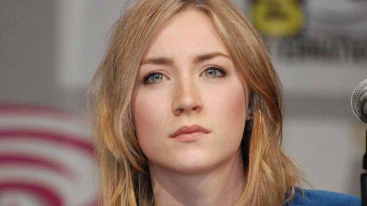 """Começou a rodagem de """"Mary, Queen of Scots"""", com Saoirse Ronan"""