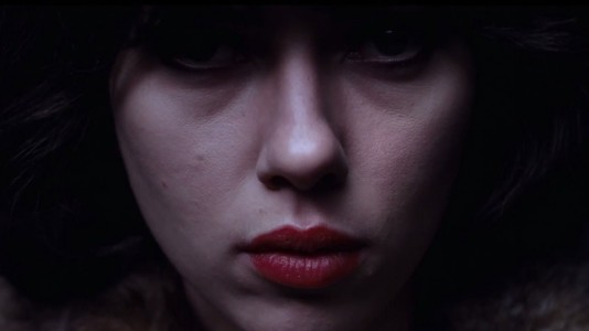 """Tenham medo, muito medo, de Scarlett Johansson em """"Under the Skin"""""""