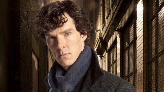 """Benedict Cumberbatch e a equipa de """"Sherlock"""" declaram o apoio a Gales antes do jogo contra Portugal"""