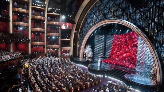 Na noite dos Oscars alguém recebe mais agradecimentos do que Deus