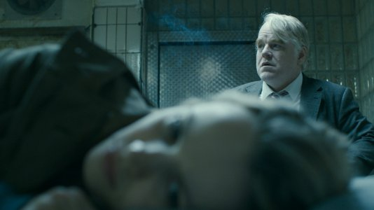 "Philip Seymour Hoffman no trailer de ""A Most Wanted Man"""