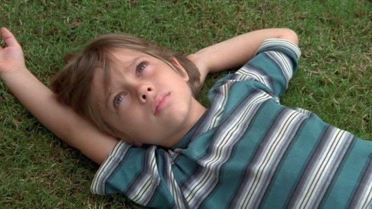 """Primeiro trailer para """"Boyhood"""" - o filme rodado ao longo de 12 anos"""
