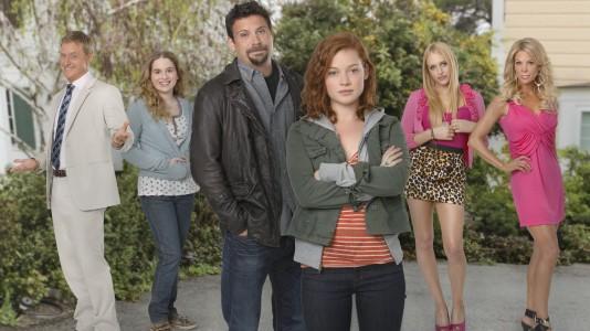 """ABC cancela cinco comedias: """"Alienados"""" e """"Suburgatory"""" chegam ao fim"""