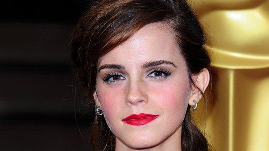 """Emma Watson vai ser Bela na nova versão Disney de """"A Bela e o Monstro"""""""