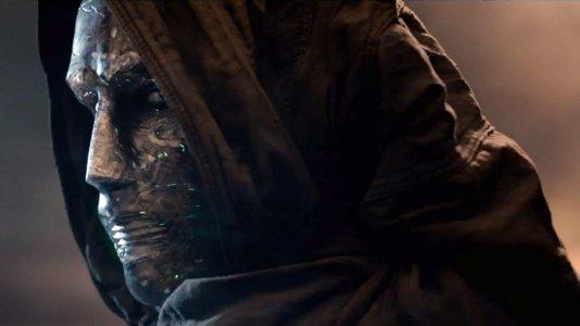 """Novo trailer de """"Fantastic Four"""" revela Dr. Doom em todo o seu esplendor"""