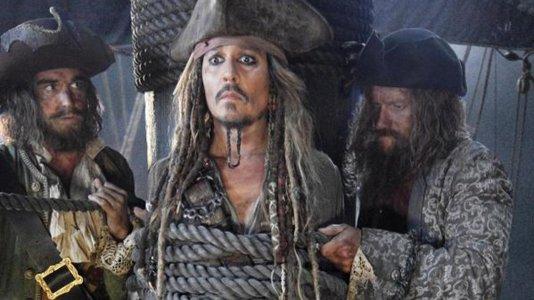 """Primeira imagem de Johnny Depp no novo """"Piratas das Caraíbas"""""""