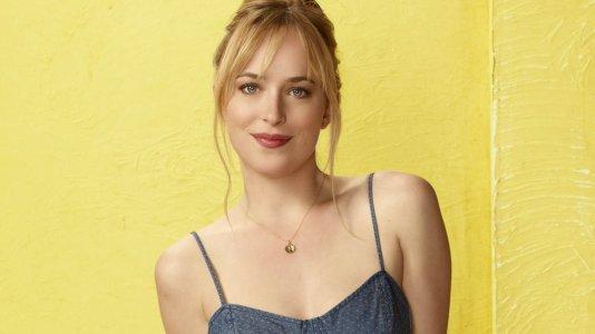 "Protagonista de ""As Cinquenta Sombras de Grey"" é estrela na comédia ""How To Be Single"""