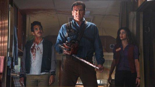 """""""Ash vs. Evil Dead"""": primeiro trailer mostra uma comédia de horror em forma"""