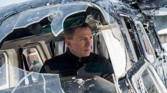 Olá senhor Bond. Há um novo trailer do seu próximo filme?