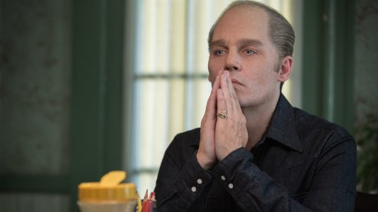 "Johnny Depp faz-se ao Oscar no novo trailer de ""Black Mass"""