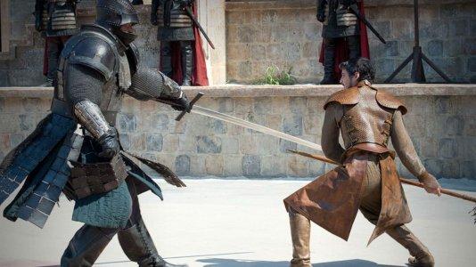 """Advogado fã de """"A Guerra dos Tronos"""" quer resolver disputa com duelo até à morte"""