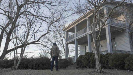 """Começou a produção de """"Outcast"""" - a nova série do criador de """"The Walking Dead"""""""