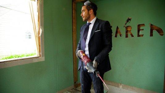 """Jake Gyllenhaal combate o luto no trailer de """"Demolition"""""""