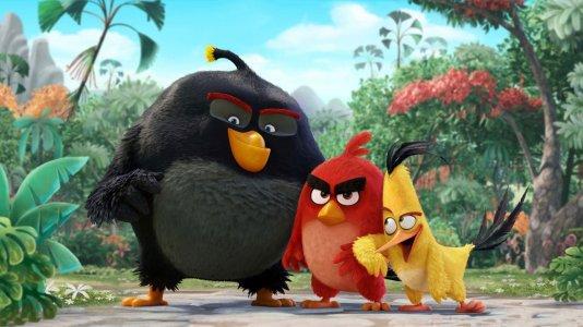 """Pássaros irritados e porcos verdes: é o primeiro trailer de """"Angry Birds"""" - o filme"""