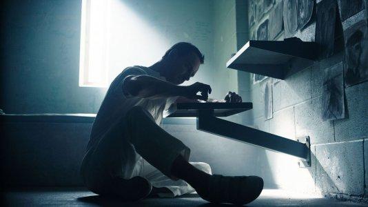 "Nova imagem de ""Assassin's Creed"" com Michael Fassbender"