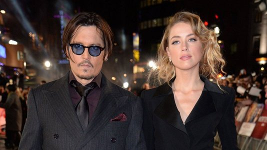Amber Heard divorcia-se de Johnny Depp