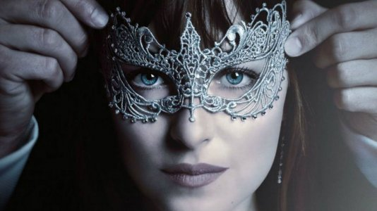 "Primeiro trailer de ""Fifty Shades Darker"""