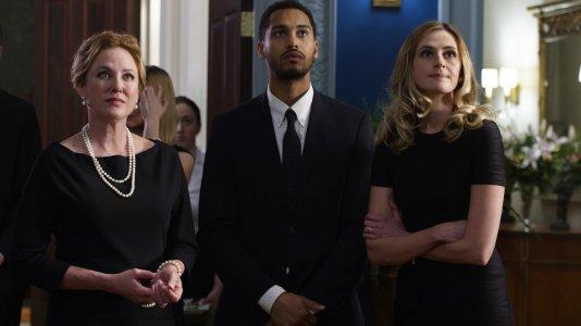"""Séries """"Braindead"""" e """"American Gothic"""" canceladas pela CBS"""