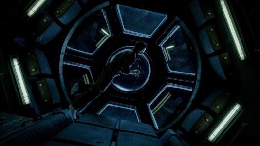 """Life"": Jake Gyllenhaal e Ryan Reynolds descobrem vida extraterrestre"