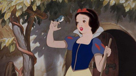 """""""Branca de Neve"""" em ação real com músicas dos compositores de """"La La Land"""" e o realizador de """"Homem-Aranha"""""""