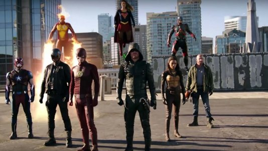 "Crossover das séries ""Supergirl"", ""The Flash"", ""Arrow"" e ""Legends of Tomorrow"" já tem trailer"