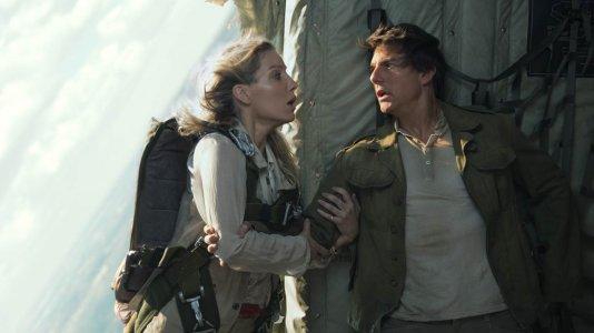 """Tom Cruise luta contra uma antiga princesa egípcia no trailer de """"A Múmia"""""""