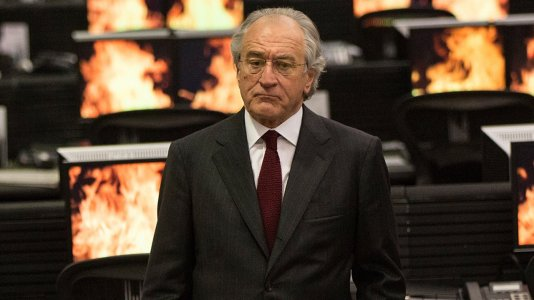 "Robert de Niro é o vigarista Bernie Madoff no trailer de ""The Wizard of Lies"""