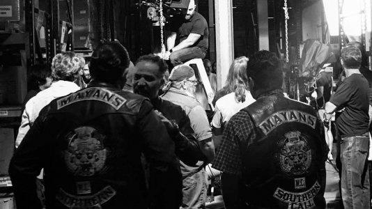 """""""Mayans MC"""": primeiras fotos da rodagem do spinoff de """"Sons of Anarchy"""""""
