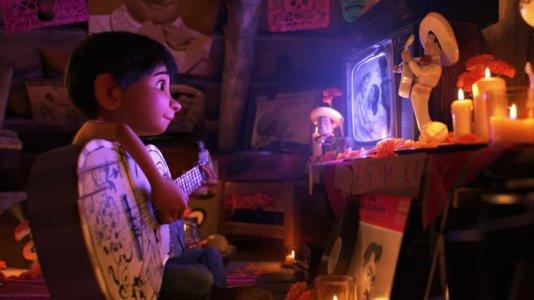"""Novo trailer de """"Coco"""" a próxima longa-metragem da Pixar"""