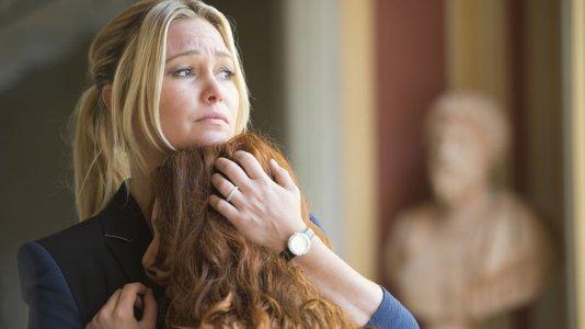 """Neil Jordan afirma que a série """"Riviera"""" foi adulterada sem o seu consentimento"""